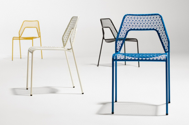 blu dot hot mesh chair : via mstetson.com